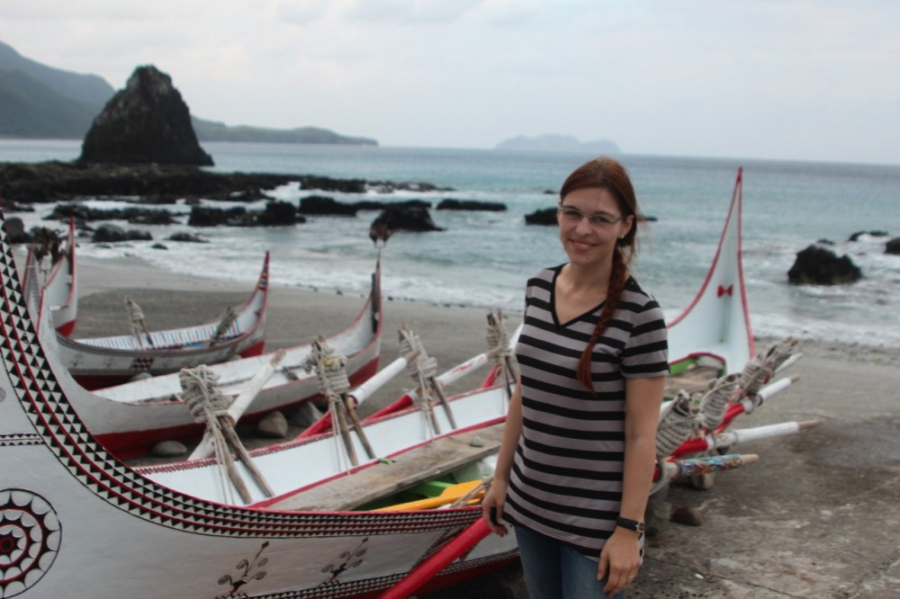 Me with traditional Tao boat