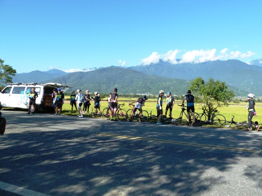 Radfahrer und Bus Formosa900