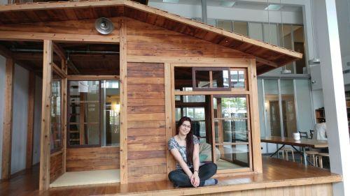 Holzhaus im Aufenthaltsraum des Star Hostel Taipei Main Station