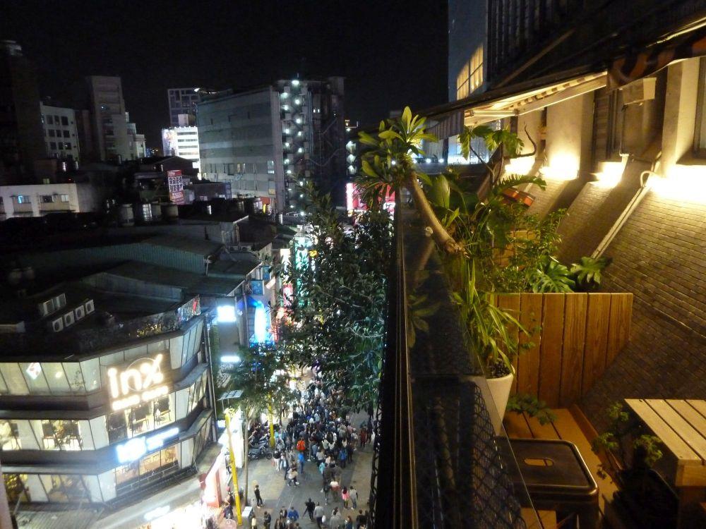 Balkon im Ximen Wow Hostel Taipei